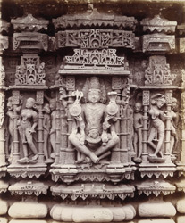 Close view of sculptures of Trimurti, Vishnu and other figures on the Lakshmi-Narayana Shrine in the Limboji Mata Temple, Dilmal, Gujarat